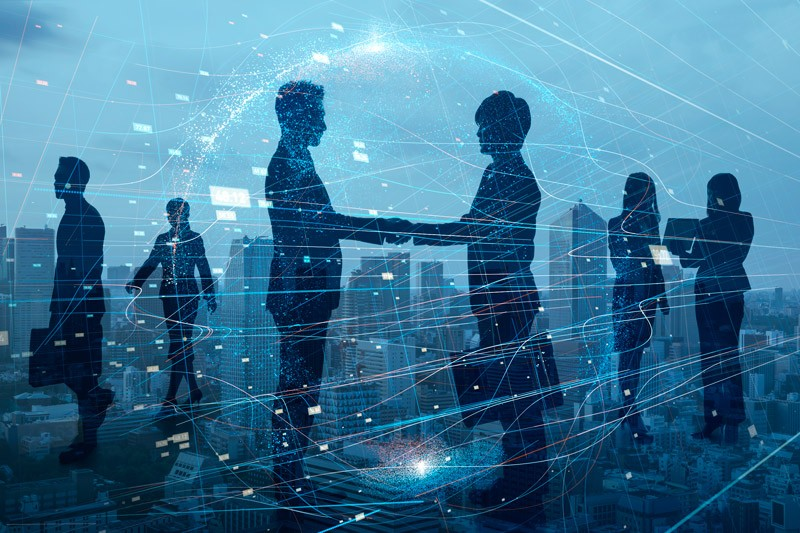 Concepto de Sector Comercial mediante siluetas de empresarios